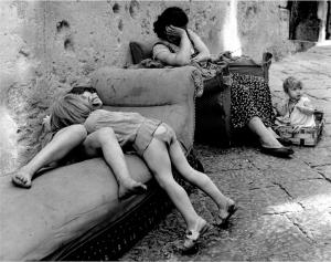 Une rue à Naples, 1955